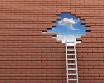 14717751-ladder-to-a-hole-in-brick-wall-3d-render-illustration